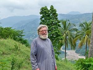 Диакон Андрей Руденко в Гаити<br/>Фото: eadiocese.org