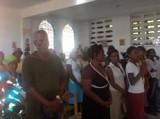 Молитва. Члены общины Св. Иоанна <br> Шанхайского в г. Ле Ке.