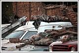 Обломки на машинах <br>во время землетрясения в Сантьяго, Чили <br>27 февраля 2010 г.